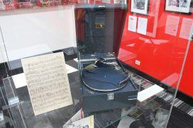 HMV-Phonograph.JPG