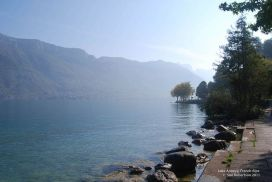 Lake-Annecy-French-Alps.jpg