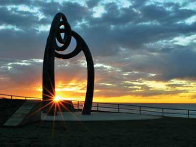 Bali Memorial sculpture, Coogee Beach
