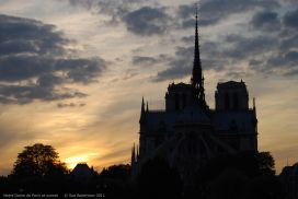 Notre-Dame-at-sunset.jpg