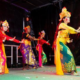 4-Dancers-Kingsford-Noodle-Markets-2019.jpg